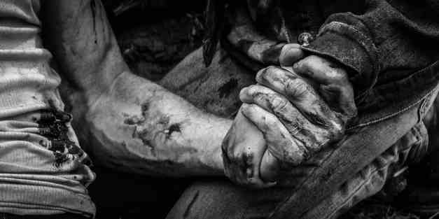 Logan Noir - Image with Wolverine and Laura holding hands